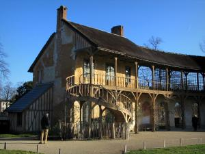 Park of the Palace of Versailles - Queen's hamlet: Queen's house