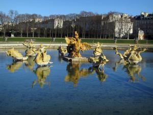 Park of the Palace of Versailles - Statues of the Dragon pond
