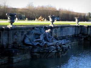 Park of the Palace of Versailles - Vases and sculptures of the Neptune pond