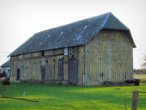 Pays d'Auge - Half-timbered barn