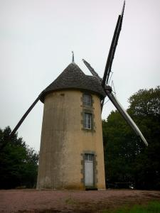 Paysages de Vendée - Moulin des Justices (moulin à vent), à Saint-Michel-Mont-Mercure