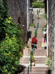 Penne-d'Agenais - Stairway of the medieval town