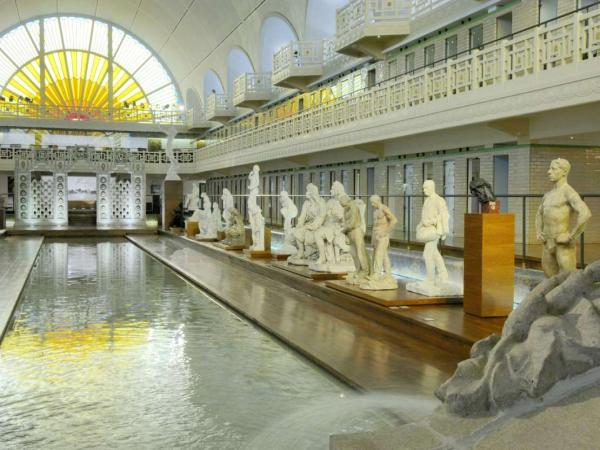 La piscine musée dart et dindustrie andré diligent guide tourisme