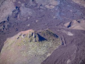 Piton de la Fournaise peak - Slope of the volcano