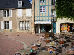 Poitiers - Café terrace, shops and houses of the Charles VII square