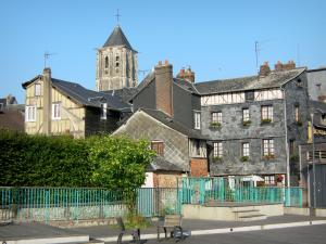 Pont-Audemer - Bell tower of the Saint-Ouen church and facades of houses in the town