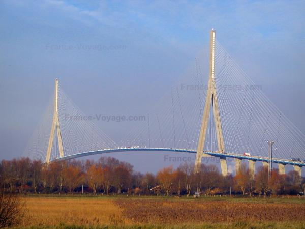 Le pont de Normandie - Guide tourisme, vacances & week-end en Normandie