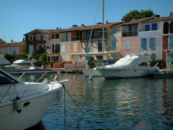 PortGrimaud Tourism Holiday Guide - Port grimaud location