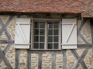 Prémery - Window of a half-timbered house