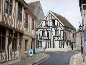 Provins - Timber-framed houses of the upper town