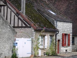Provins - Facades of houses in the upper town
