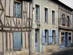 Provins - Facades of timber-framed houses in the upper town