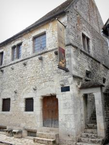 Provins - Facade of the tithe barn