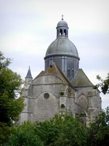 Provins - Dome of the Saint-Quiriace collegiate church