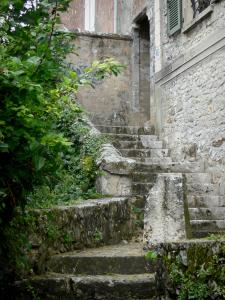Provins - Stairs (near the Rubis footpath) leading to the collegiate church