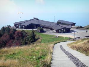 Puy de Dôme volcano - Volcanoes of the Puys mountains (monts Dôme range): view of the information center; in the Auvergne Volcanic Regional Nature Park