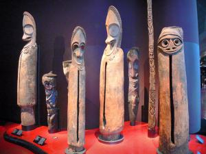 Quai Branly museum - Oceania collection: Slit drum