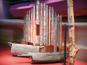 Quai Branly museum - Oceania collection: facade of the ceremonial house