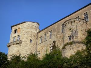 Ravel castle - Facade of the royal fortress