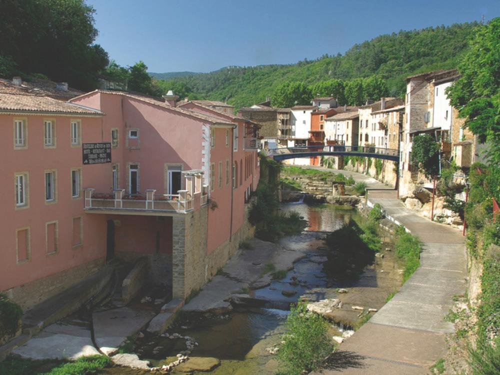 Photos rennes les bains guide tourisme vacances for Les bains en france