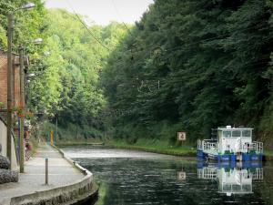 Riqueval towing tunnel - Saint-Quentin canal close to the underground entrance