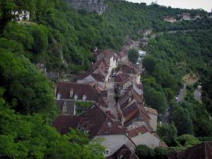Rocamadour - Houses of the village, in the Regional Nature Park of the Quercy Limestone Plateaus