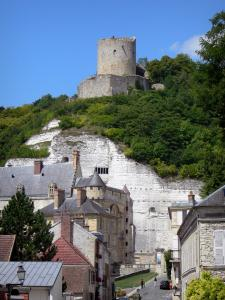 La Roche-Guyon - Fortified keep, cliff, castle and houses of the village