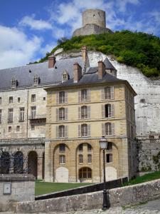La Roche-Guyon - Facades of the castle and fortified keep