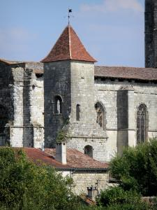 La Romieu collegiate church - Tower and Saint-Pierre collegiate church