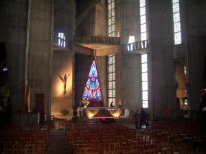 Royan - Inside of the Notre-Dame church