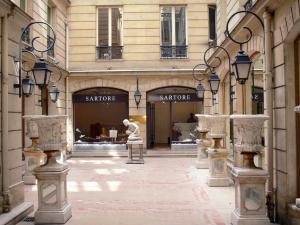 La rue du Faubourg-Saint-Honoré - Guide Tourisme   Vacances 11cca8ce113