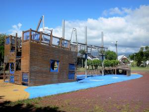 Saint-André - Colosse park: children's playground