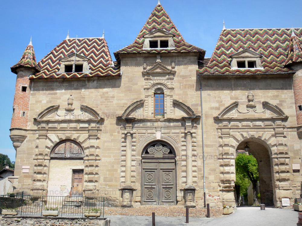 Photos saint antoine l 39 abbaye guide tourisme vacances - Saint antoine l abbaye office de tourisme ...