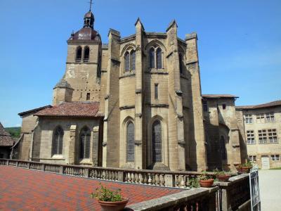Glises et cath drales de france guide photos - Saint antoine l abbaye office de tourisme ...