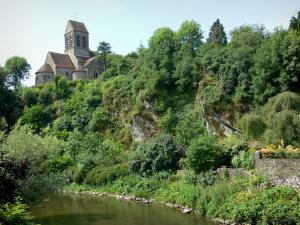 Saint-Céneri-le-Gérei - Saint-Céneri Romanesque church overlooking the Sarthe river