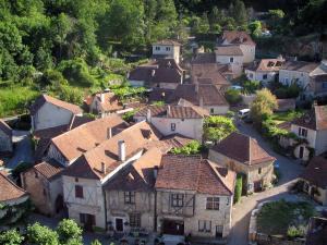 Saint-Cirq-Lapopie - Houses of the village, in the Lot valley, in the Quercy