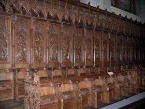 Saint-Claude - Inside of the Saint-Pierre cathedral: wooden stalls