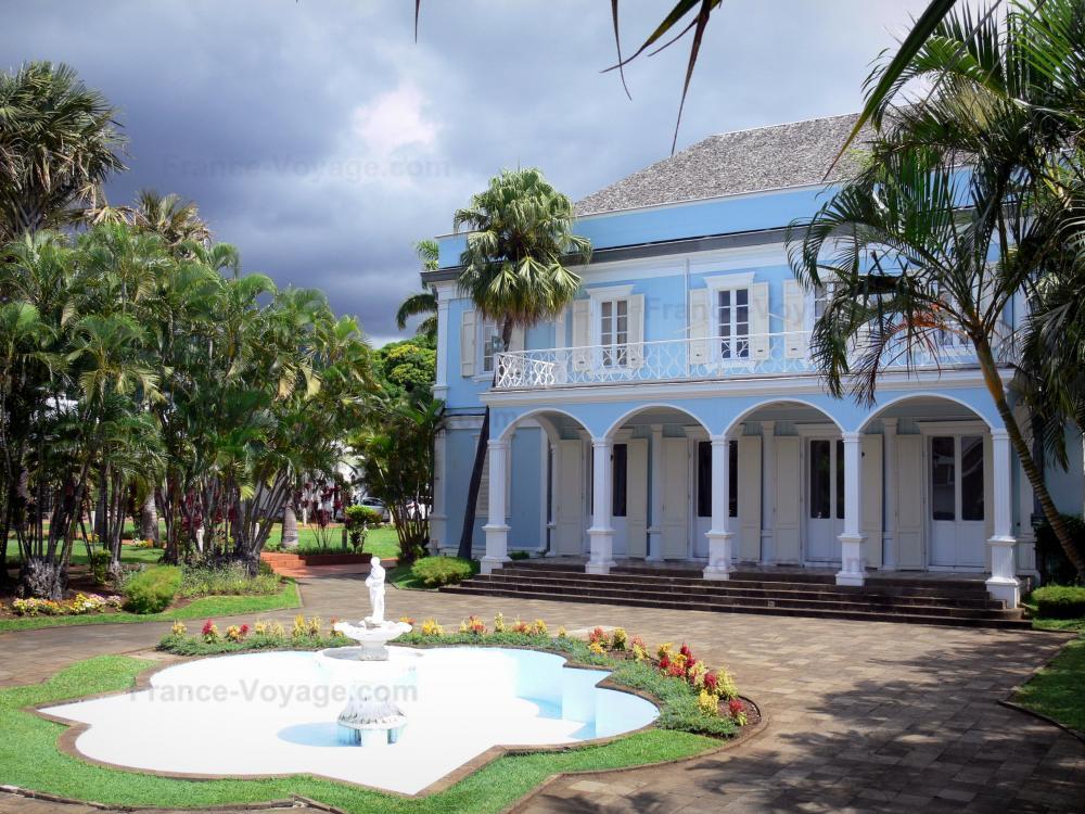 Photos saint denis guide tourisme vacances - Mobilier jardin cdiscount saint denis ...