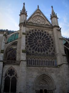 Saint-Denis basilica - Rose of the royal basilica of Gothic style