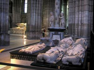 Saint-Denis basilica - Inside of the royal basilica (royal cemetery): tombs with funeral sculptures (recumbent effigies)