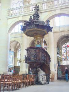 Saint-Étienne-du-Mont church - Inside the church: baroque pulpit