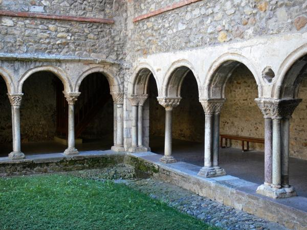 Saint-Lizier - Romanesque cloister of the Saint-Lizier cathedral