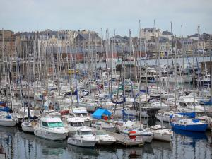 Saint-Malo - Boats, sailboats of the marina and buildings of the city