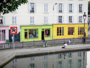 Saint-Martin canal - Colored storefronts of the Quai de Valmy