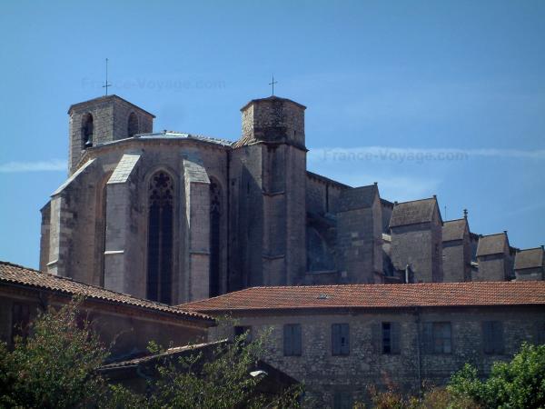The saint maximin la sainte baume basilica tourism for Garage auto saint maximin la sainte baume
