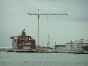 Saint-Nazaire - Port: pond and Chantiers de l'Atlantique construction site (shipbuilding)