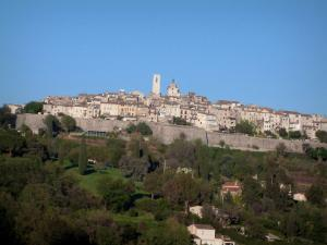 Saint-Paul-de-Vence - General view of the old fortified village Saint-Paul-de-Vence