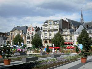 Saint-Quentin - Place de l'Hôtel de Ville square with its facades, its flower beds, and its potted shrubs