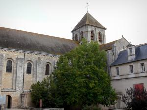 Saint-Savin abbey - Abbey church and monastic building