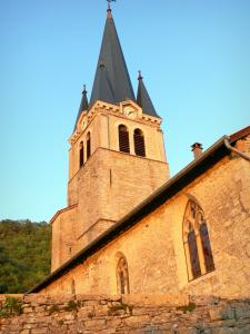 Saint-Sorlin-en-Bugey - Bell tower of the Sainte-Marie-Madeleine church; in Lower Bugey